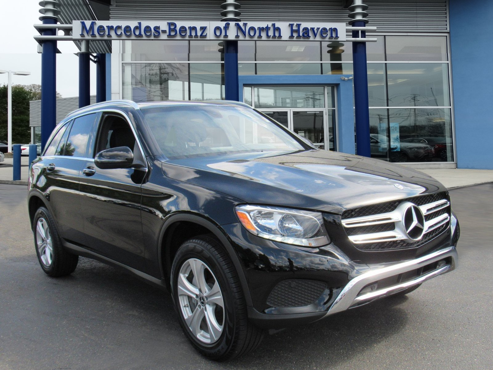 Pre Owned 2018 Mercedes Benz GLC GLC 300 SUV in North Haven M