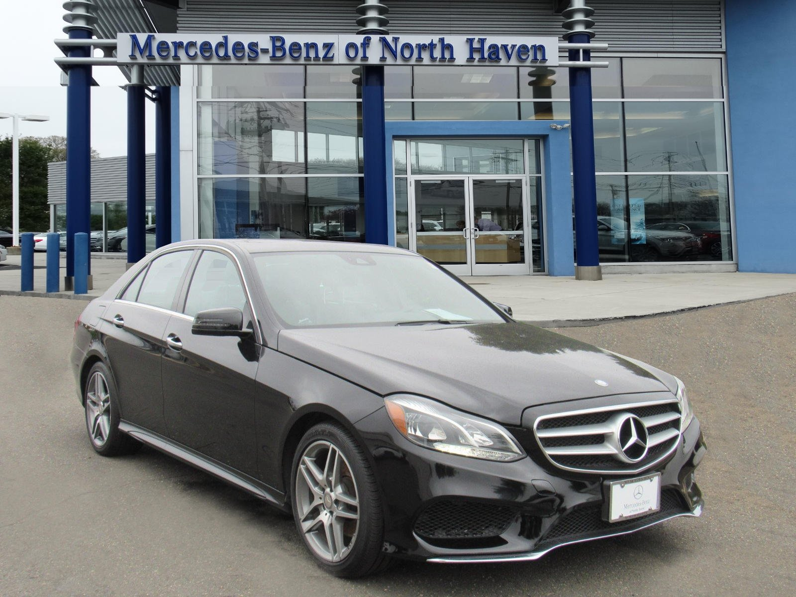 Pre Owned 2016 Mercedes Benz E Class E 350 SEDAN in North Haven